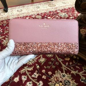 NWT Kate spade Greta court Neda zip around wallet